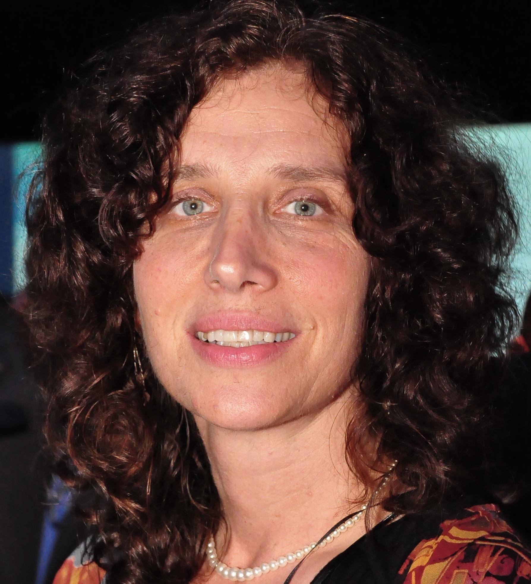 Laura Stachel